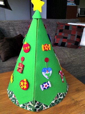 Conical felt tree join