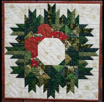 Quilt Pattern For Christmas Wreath : Christmas Wreath Quilt