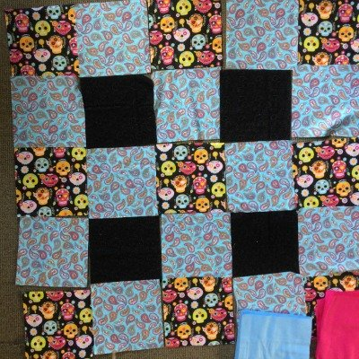 Layout of top layer of flannel rag quilt